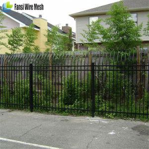 Iron Gate / Metal Fence Gates / Wrought Iron Gates pictures & photos