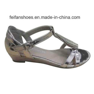 2016 Latest Fashion High Quality Diamond Women Sandals Wedge Heel pictures & photos
