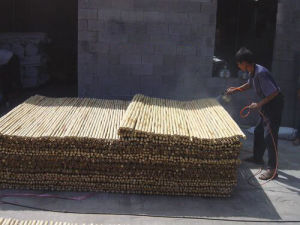 Wood Plastic Garden Fence Wholesale
