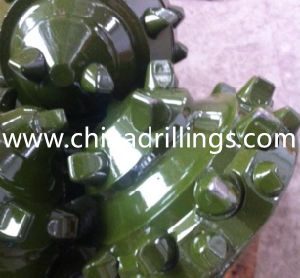 Manufacturer of API 10 5/8 IADC437 Tricone Drill Bits pictures & photos