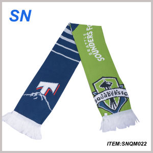 2015 China Online Shopping Stock Acrylic Football Scarf pictures & photos