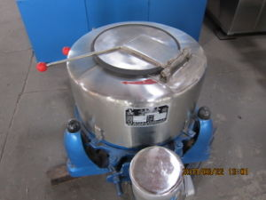 500kg Wet Fabric/Garment Centrifugal Hydro Extractor with High Stand and Lid (SS75) pictures & photos