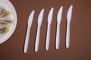 Black Heavy Duty Plastic Fork Disposable Fork pictures & photos