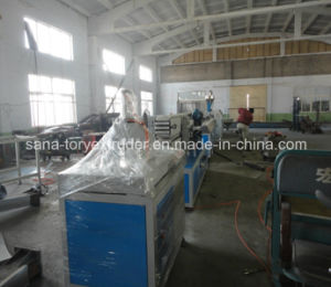 High Quality Machine PVC WPC Profile Extruder Line pictures & photos