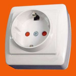 European Standard Surface Mounted Schuko Socket Outlet (S8010) pictures & photos