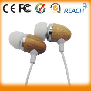 Bamboo Wood Earphone Super Bass Headphones pictures & photos
