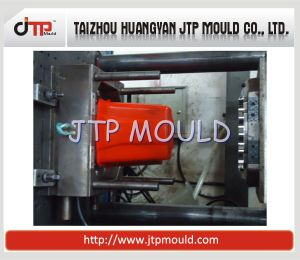 High Quality of 10L Plastic Bucket Mould pictures & photos