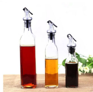 Square Olive Oil and Vinegar Glass Dispenser Bottle with Flip Top Pourer pictures & photos
