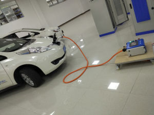 Professional Portable High Efficiency EV Charger for Nissan Leaf pictures & photos