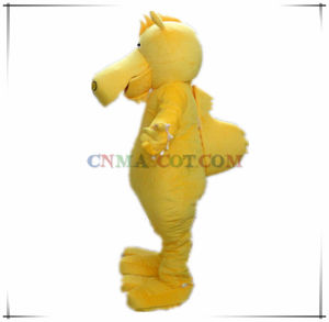 Top Quality Yellow Deer Animal Mascot Costume pictures & photos