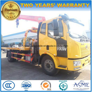 Wrecker with Crane 8t Flat Towing Truck pictures & photos