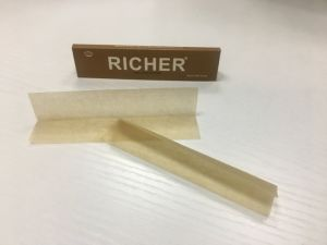 Medium Size 97*54mm Cigarette Rolling Paper Wholesale Price pictures & photos
