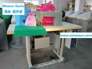 Ultrasonic Lace Sewing Machine for Non-Woven Shopping Bag (CE) pictures & photos