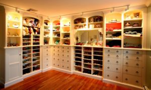 Solid Wood Wardrobe, Bedroom Furniture (walk in closet) #Yb-6 pictures & photos
