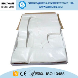 Box Packed Disposable PE Apron pictures & photos