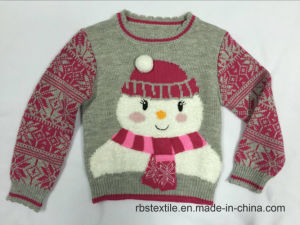 Girls Feather Yarn Snowman Sweater with Fairisle Sleeve pictures & photos