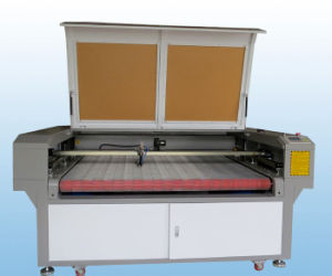 CNC Laser Fabric Cloth Leather Garments Cutting Machine pictures & photos