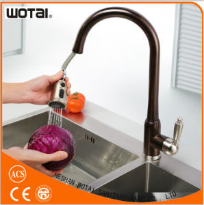 Single Lever Pull out Kitchen Faucet with Orb Finishing pictures & photos