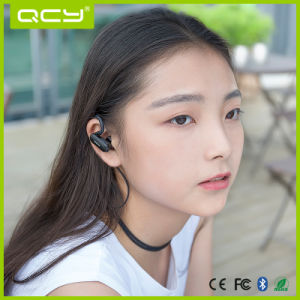 Qy31 Waterproof Bluetooth Sport Strero Earphone with Ear Hook pictures & photos