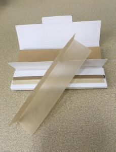 OEM 100% Pure Hemp Slowing Burning Cigarette Rolling Paper pictures & photos