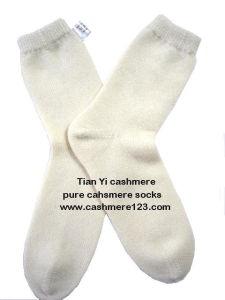 Cashmere Plain Socks Unisex pictures & photos