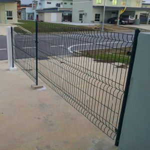 Low Price with High Quality Welded Mesh Industrial Fence pictures & photos