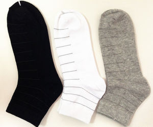Strip Mens′ Socks