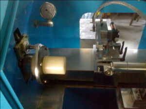 Horizontal Cutting Machine for Rubber Products-Chinese Manufactor pictures & photos