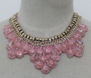 Women Pink Bead Crystal Chunky Choker Fashion Necklace (JE0154-2) pictures & photos