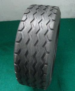 Bias Industrial Tire Implement Tire Agricultural Tractor Tire 11L-15 11L-16 14.5/75-16.1 F3 Pattern pictures & photos