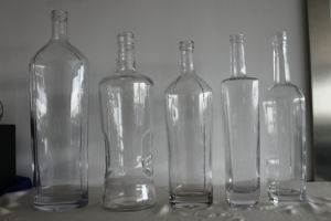 1500ml Vodka Glass Bottle pictures & photos
