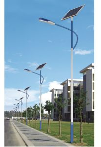High Quality 6m LED Solar Light pictures & photos