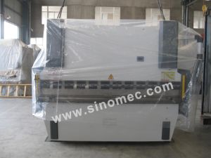 Hydraulic Press Brake/Hydraulic Bending Machine/Bender/Press Wc67y-250t/3200 pictures & photos