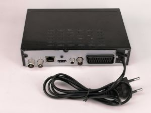 IPTV HD DVB-T2 H. 265 Receivers with RJ45 Port and RF out, Supports European and Arabic IPTV pictures & photos