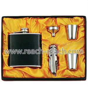 Stainless Steel Hip Flask (R-HF035) pictures & photos