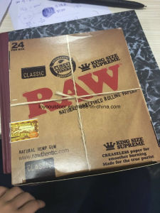Raw Classic Smoking Paper / Hand Rolling Paper Standard pictures & photos
