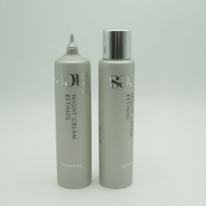 30 Diameter 30ml Silver Nozzle Tube with Spray Silver Cap pictures & photos