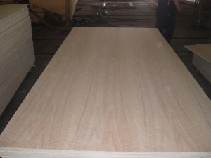 Red Oak Plywood pictures & photos