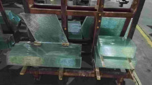 Tempered Patterned Glass/Figured Glass/Rolled Glass for Door Table Screen pictures & photos