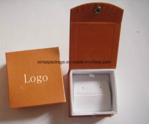 Luxury Clamshell Cardboard Jewelry Box pictures & photos