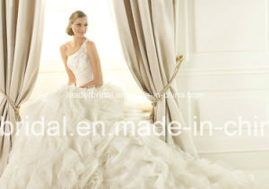 One Shoulder Bridal Ball Gown Organza Tulle Beading Wedding Dress Yao113 pictures & photos