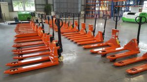 AC Hand Pallet Truck with Ce 9001 pictures & photos