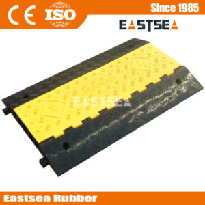 Rubber Fixable 5 Channel Event Cable Protector Outdoor pictures & photos