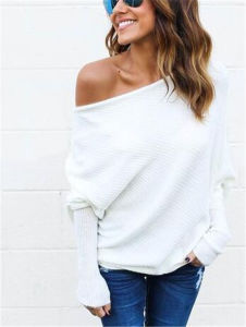 2017 New Designed Spring Autumn Women Bare Shoulders Knitted Sweater (17204) pictures & photos