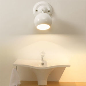Very Nice & Design Adjustable Bathroom Metal LED Mirror Lamp Lighting in White pictures & photos