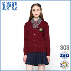 2017 Customized Fashion High School Uniform pictures & photos
