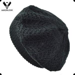 Women Black Acrylic Knit Jacquard Beret pictures & photos