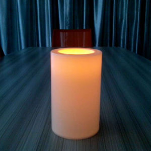 Flameless Flickering Safe Use Romantic Plastic LED Candles for Christmas pictures & photos