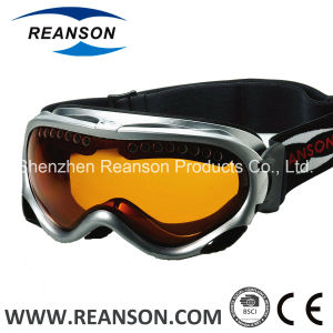 Reanson Double Lenses Over The Glass Anti-Fog Snow Goggles pictures & photos