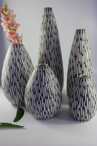 Fashion Handmade Carved Matte Ceramic Vase pictures & photos